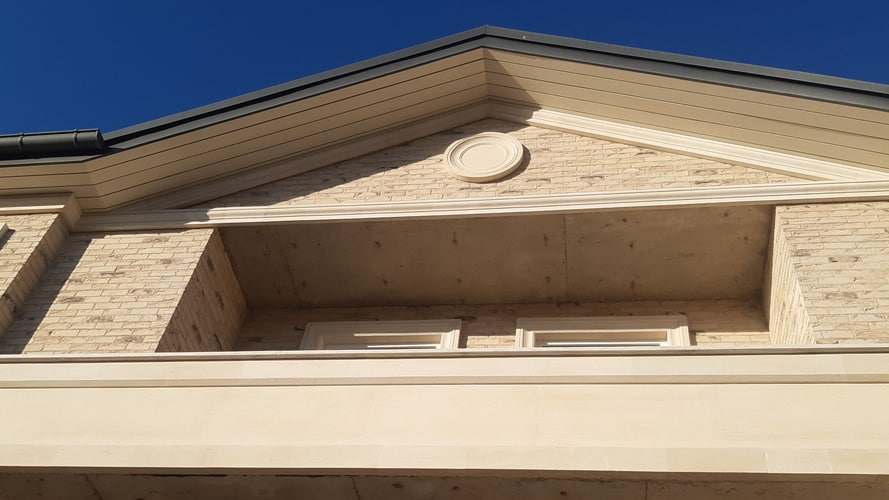 Наличники из песчаника на фасад (2550)